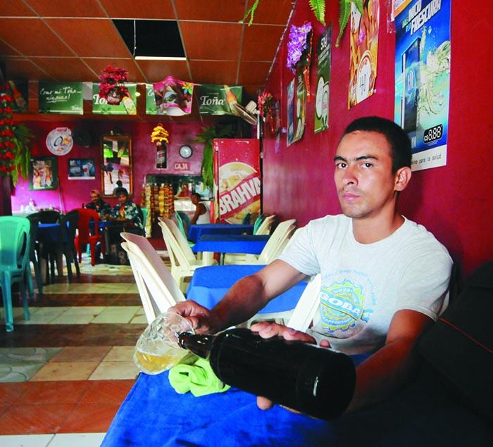 Vida en el oriental, bar el Manguito