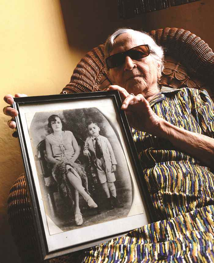 Lidia Raudez de Ortega pocas veces miró a su mamá Teresa Villatoro. Lidia es la única sobreviviente de los hijos de la guerrillera. Sus hermanos Julio y Santiago murieron hace un par de años.