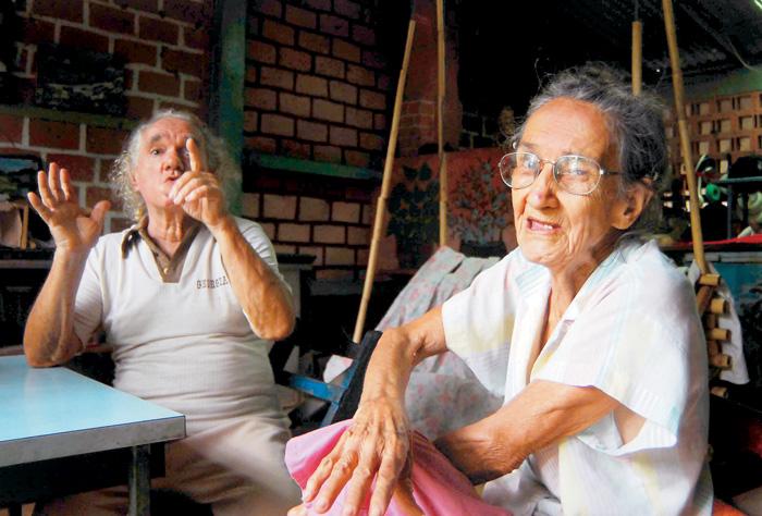 Gloria González y Benito Ladislao